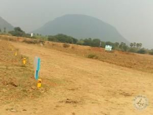 Vuda Plots With Loan @ Sontyam Just 100metrs To Pendurthi Anandapuram Hi Way In Vizag