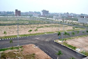 NATIONAL HIGHWAY VUDA APPR PLOTS FOR SALE@13,0000/-PER SQ YD