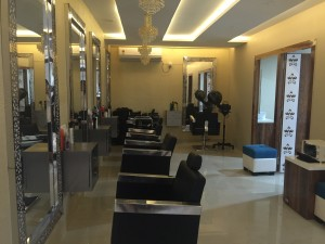 Salon For Sale In Dwarakanagar Visakhapatnam