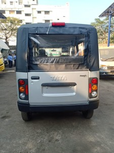 tata majic mantra bs-iv vehicle for sale in visakhapatnam